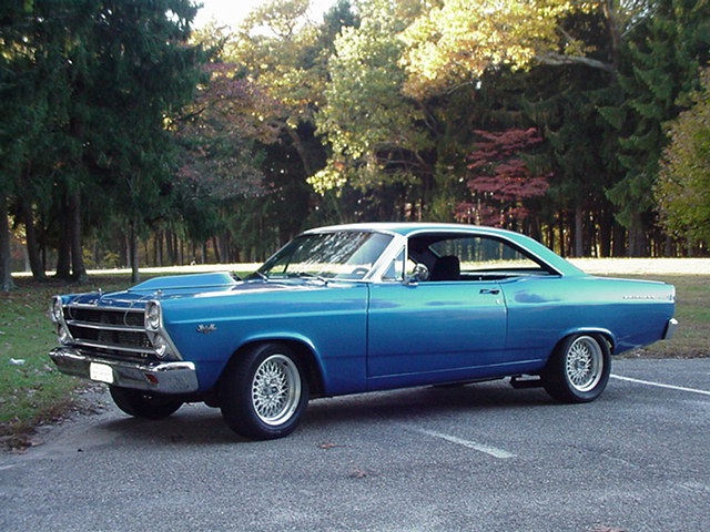 N E one have pics of a 66/67 with a teardrop hood? - Ford